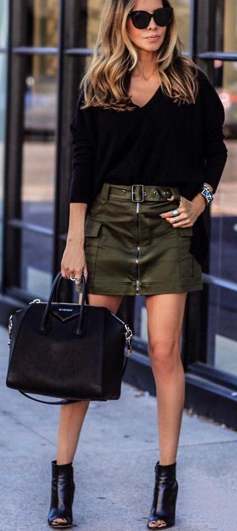 #spring #outfits OOTN ✨ Negro de punto de oliva + falda + Cuero Negro botines de punta abierta