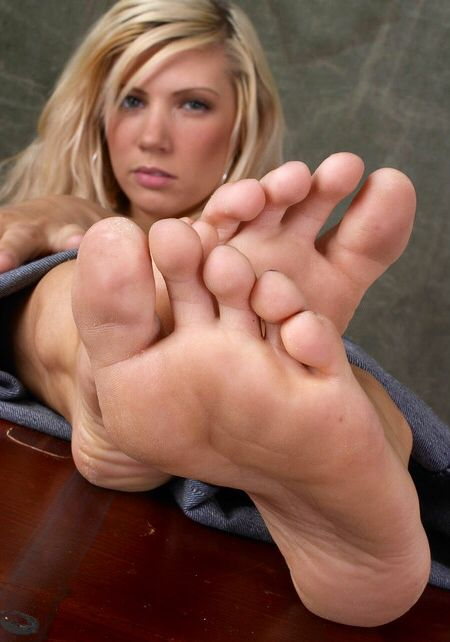 Rough soles wife mature toes cumshot