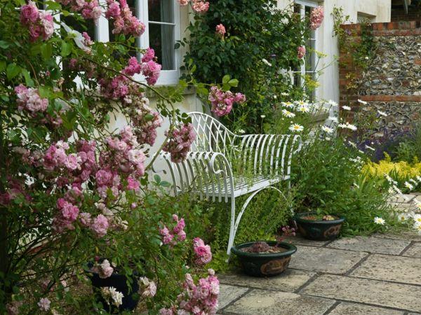 Die besten 25+ Gartenbank weiß holz Ideen auf Pinterest Weiße - esszimmer im garten gestalten