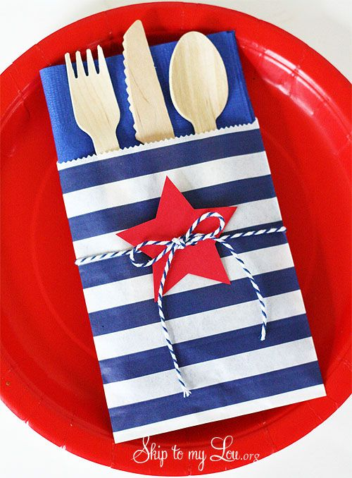 Fourth-of-July-Table-Setting.jpg