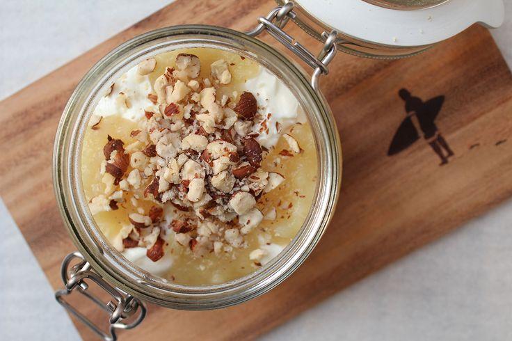 Haselnussmilch-Oats mit Quark und Apfelmark