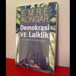 Emre Kongar / Demokrasi ve Laiklik - Özgürlüğün İki Temel Koşulu (İkinci El Kitap)