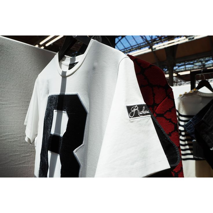 Richard Valentine is a French luxury brand. All products are made in France or made in Italy.