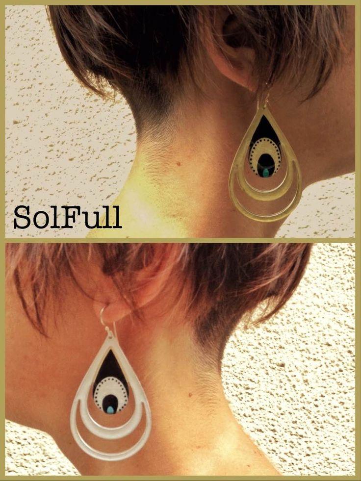 "Handmade ""peacock"" earrings in gold and silver enamel"