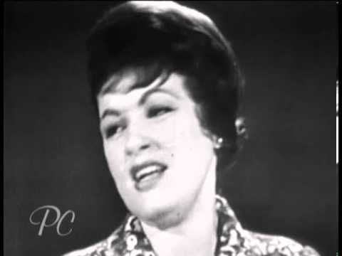 ▶ Patsy Cline ~ I Fall to Pieces
