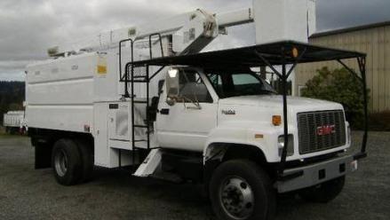 2002 bucket truck for sale