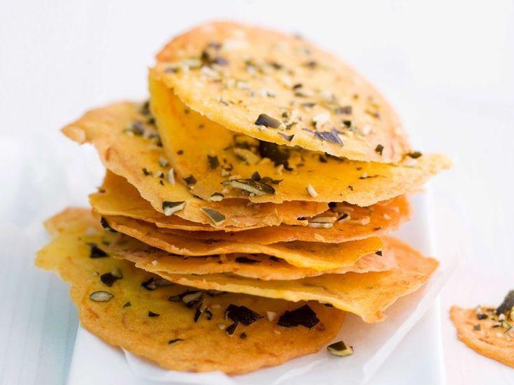 Découvrez la recette Chips de courge sur cuisineactuelle.fr.