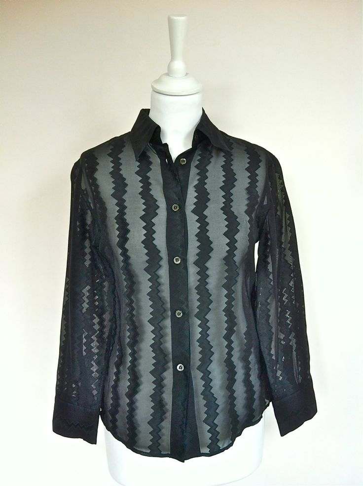 Gucci Black Silk Shirt Size 36 via The Queen Bee. Click on the image to see more!