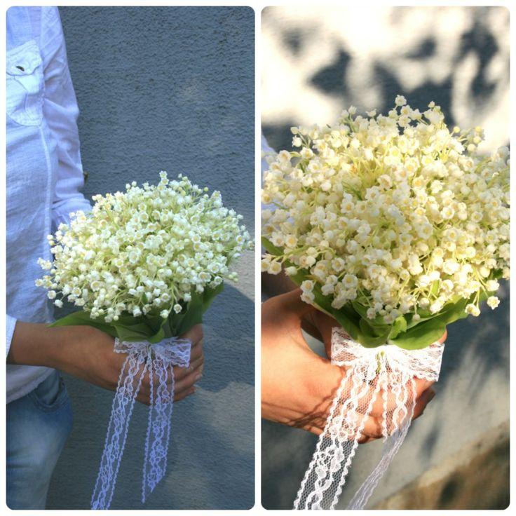 Buchet de mireasa delicat cu lacramioare si dantela. Delicate Lily of the valley wedding bouquet with lace.