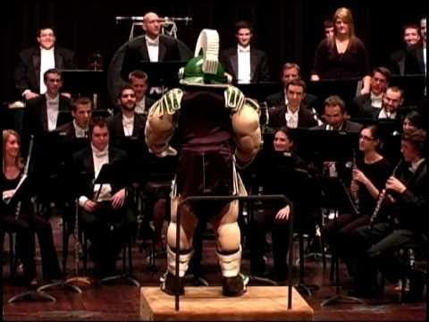 Sparty Conducts the MSU Fight Song- GO GRREN!! LUV Sparty!!!