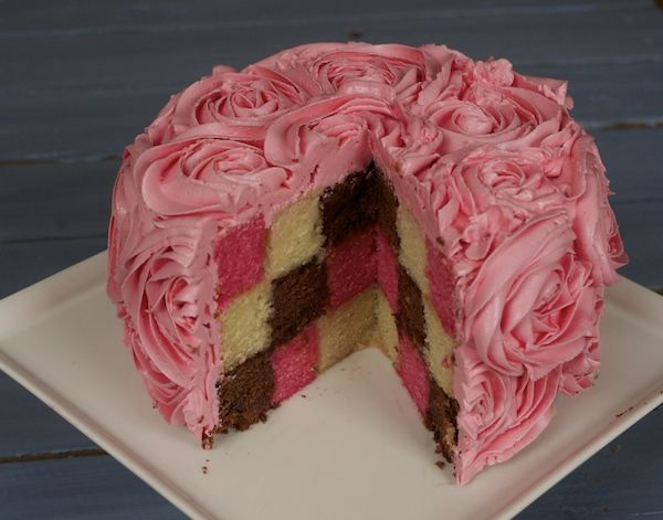 Le Meilleur Pâtissier Semaine 2 – Le gâteau damier photo
