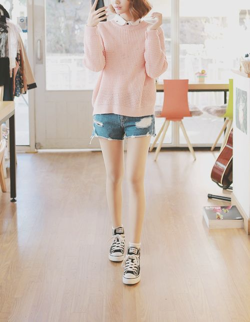 Kfashion | sweater + shorts