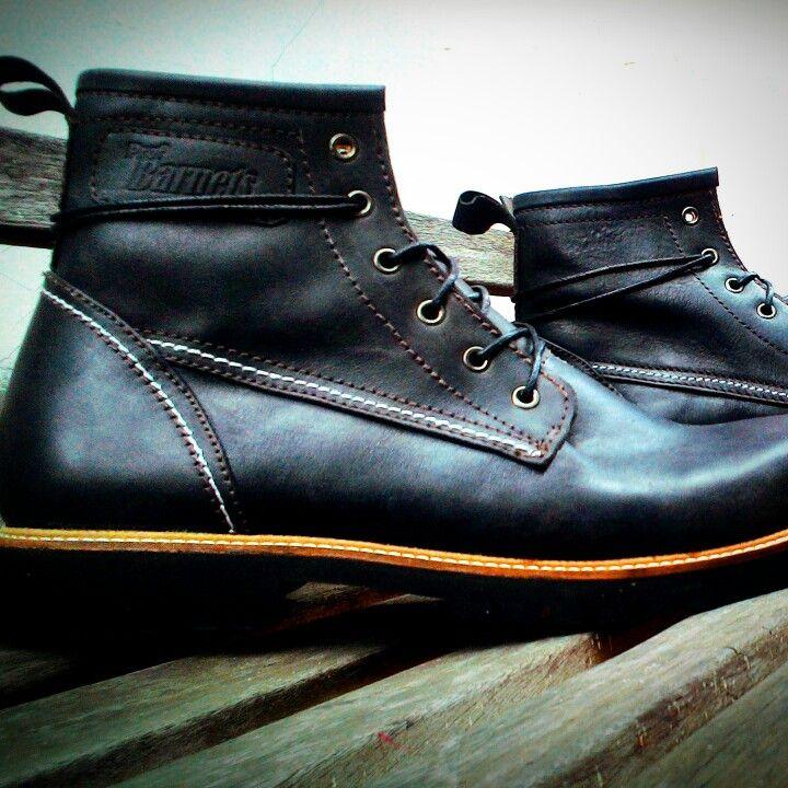 Muscular boots