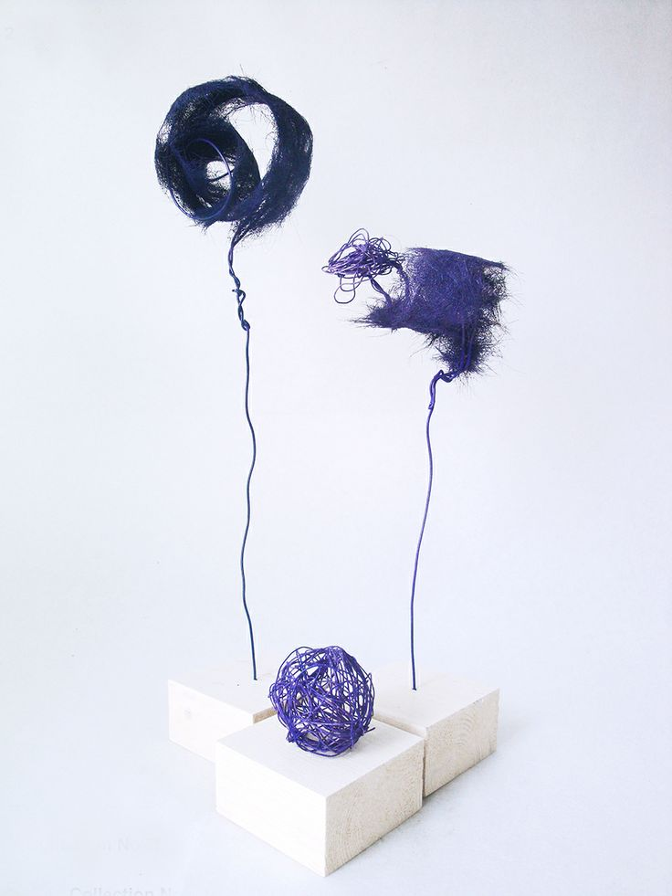 Kristina Neral, BIRD ON A WIRE: a series of blue flowers - Flower is made of wire and hair. Inspiration was my homework 073 and 074. Why hair? It was a challenge for me.
