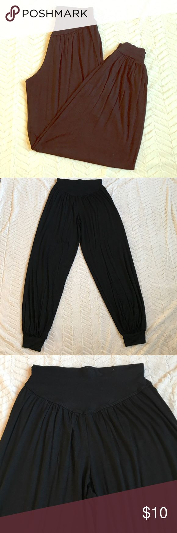 """Genie Pants Black Cotton NWOT. Size Small. Adorable pants!!! Wish they fit me. Waist is 12.5"""" lay flat. Inseam is 32"""". Never been worn! Pants"""