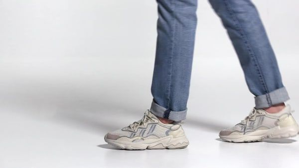 Wmns Ozweego 'Bliss'
