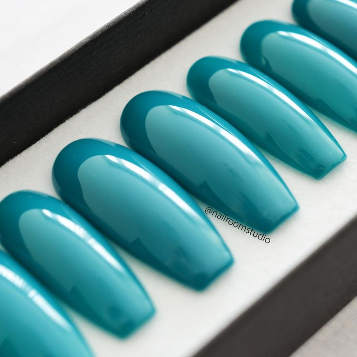 SEA BLUE press on nails in basic version | any shape and length | custom nails | shine matte finish | classic nails | salon quality nails http://etsy.me/2FZe0XY #supplies #blue #customnails #handpaintednails nailroomstudio.com