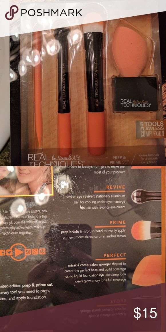 Real techniques brush set Real techniques prep and prime brush set. Brand new in box real techniques Makeup Brushes & Tools