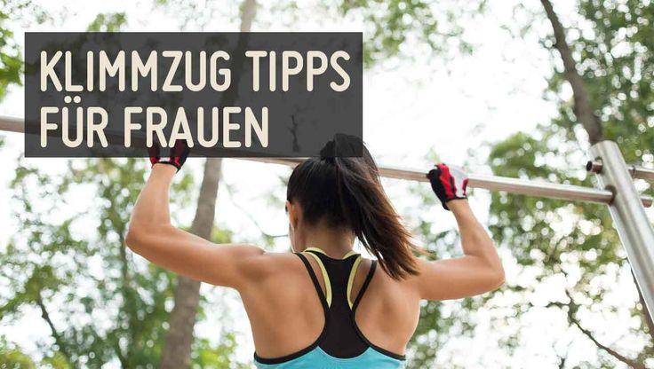 Der Klimmzug ist die bekannteste Sport Übung, doch gerade Frauen scheinen beim Klimmzüge trainieren ihre Probleme zu haben. Diese 4 Tipps helfen dir.