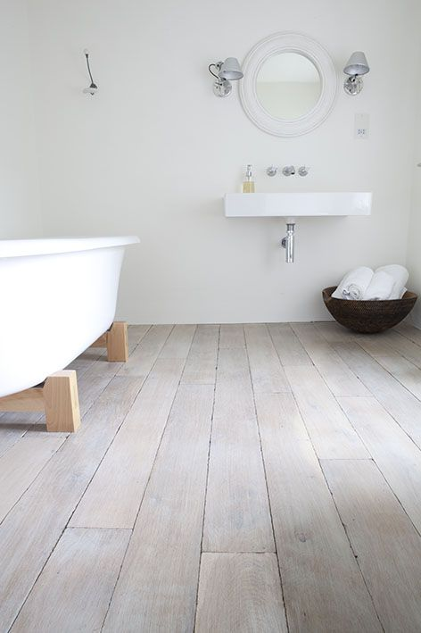 Minimal but stylish, this looks lovely.     Buy your new bathroom from www.victorianplumbing.co.uk