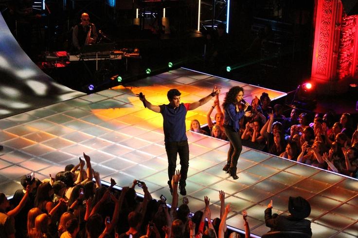 Joe Jonas and Gloria Estefan - The Next: Gloria Estefan, Gentle Latina, Reality Tv, Joe Jonas, Mi Gentle