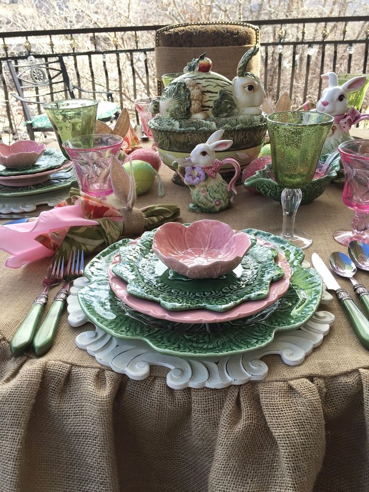 Purple Chocolat Home: Peter Cottontail Tablescape. Love the pink and green. She provides tutorial on making the round, ruffled burlap tablecloth