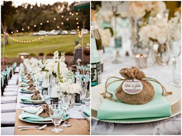 Burlap Napkins Table Runners | burlap wedding table Beautiful Burlap Wedding Ideas