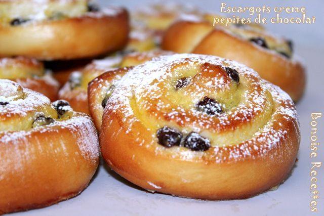 escargots creme patissiere (raisins)