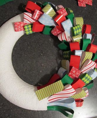 quick wreath idea (with other colors though)