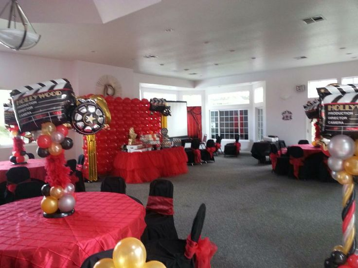 oscar party hollywood party balloons star red carpet. Black Bedroom Furniture Sets. Home Design Ideas