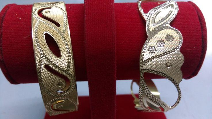 Unique gold bangle design.