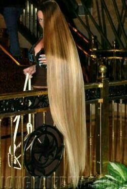 floor length blonde hair - photo #8