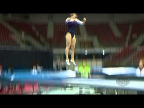Emma SMITH (GBR) -- 2013 Trampoline Worlds, Qualifications - YouTube