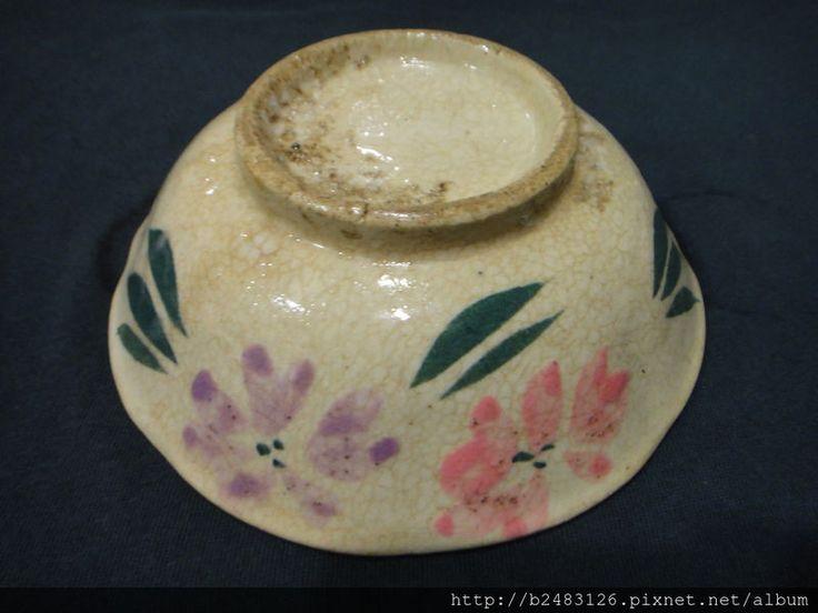 台灣早期手繪陶碗