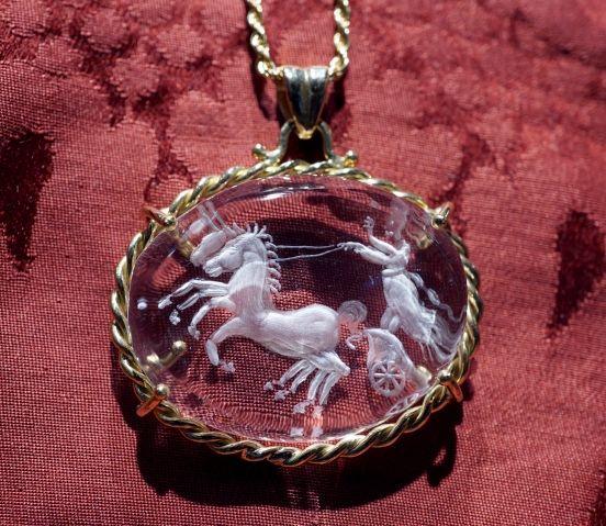 Biga with Horses - Cristallo di rocca arte glittica da gioielleria Dogale Venezia