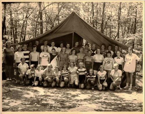 bear mountain girls Lodge, bed and breakfast, inn, lodging, pennsylvania, pa, wellsboro, route 6, b&b, bear, non-smoking, log cabin, honeymoon, wedding, biking, grand canyon,pa grand.