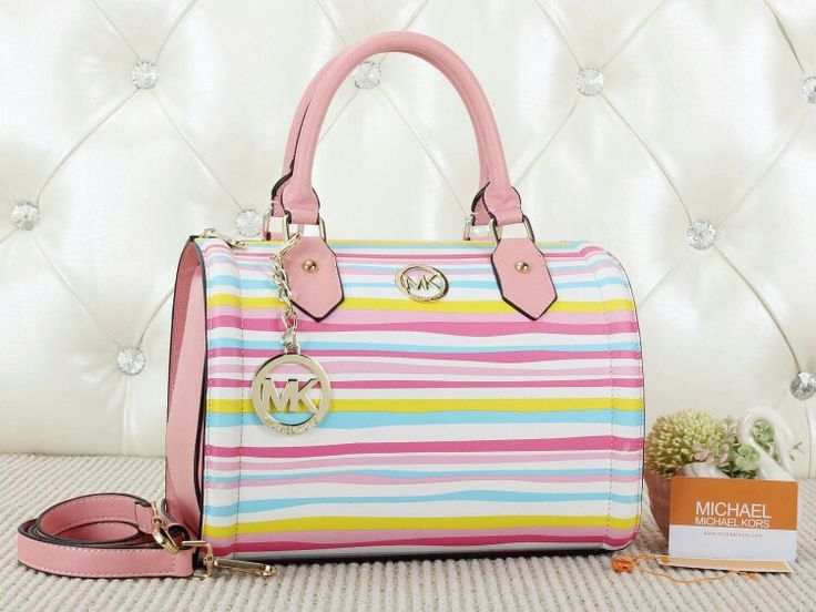 Rp.300rb MICKAEL KORS SPEDY 21005 uk: 29x16x23cm Bahan taiga strip kualitas SEMIORI warna red,pink,yellow,green,black,l.blue.  MINAT SERIUS Order/Dropship/Reseller Are Welcome, BBM 7ECD0437 / WA +6285733299539. Thanks , Happy Shopping.