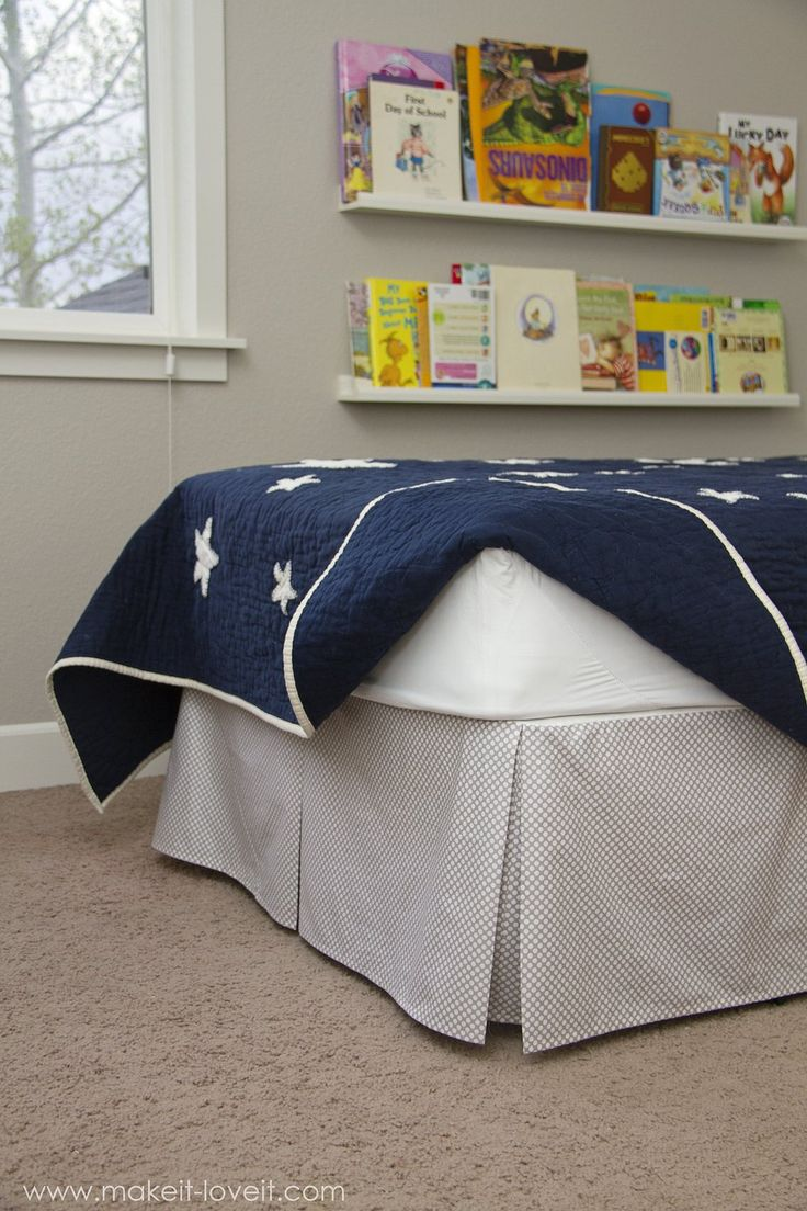 DIY Pleated Bed Skirt --- Make It and Love It.  Information on sewing for a trundle bed in the comments.