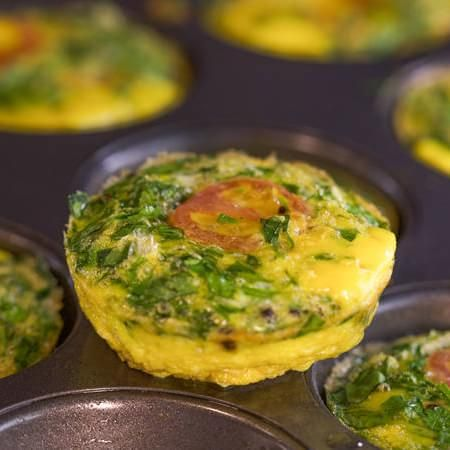 Kayla Itsines' Spinach and Tomato Mini Frittatas Recipe
