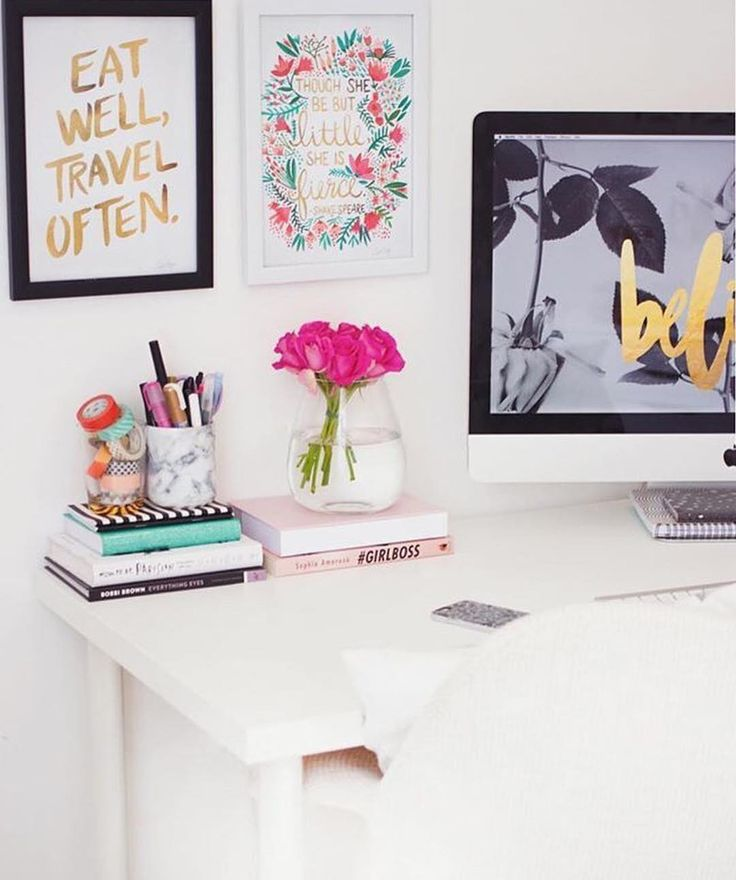 Here's some #girlboss office inspiration from @kate.lavie be sure to follow @onmidesk by onmidesk