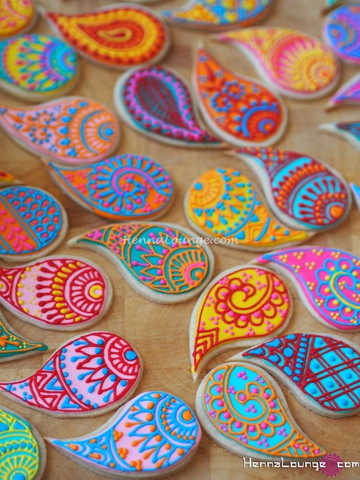 Paisley cookies for a wedding dessert bar