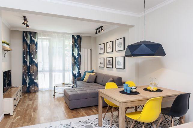 Design contemporan si accente de culoare intr-un apartament de 85 mp - imaginea 3