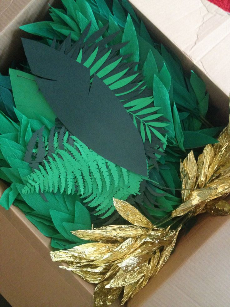mar 3 how to make a crepe paper leaf garland