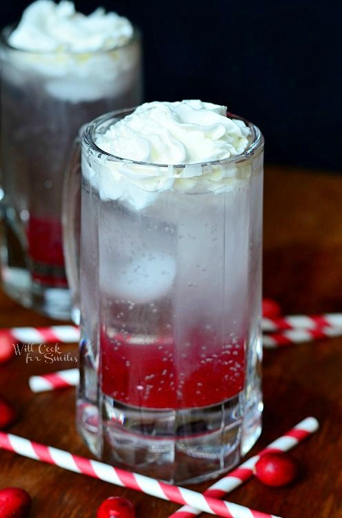 Cranberry Italian Soda Recipe ~ Delicious and refreshing holiday treat to serve at your parties this holiday season!