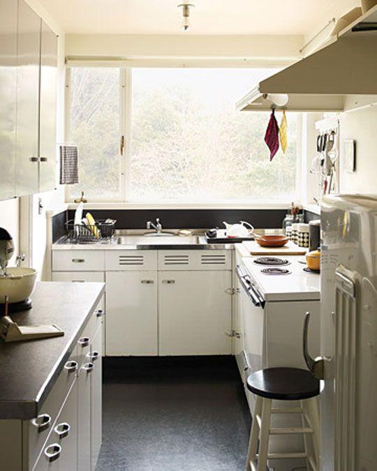 Gropius House kitchen 1938
