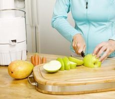 How to Juice for Arthritis & Severe Fatigue thumbnail