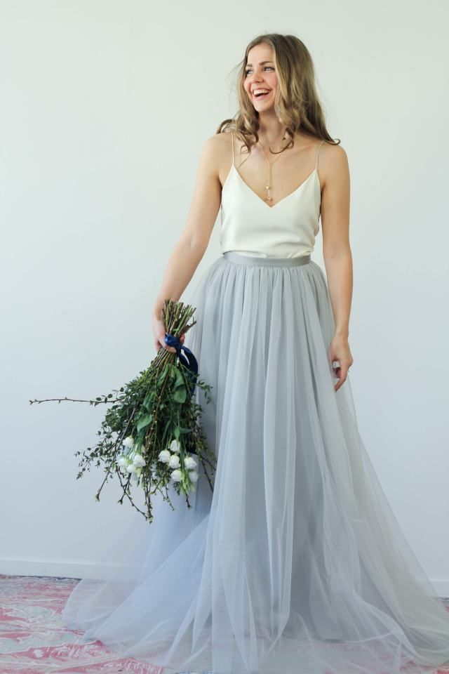 Met deze how-to kun je zelfs na je wedding stralen in een bridal look! Rok: Wild At Heart Bridal | Sieraden: The Boyscouts