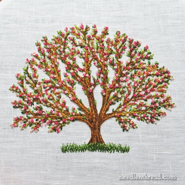 "An embroidered tree - 2.75"" tall, and only three basic stitches"