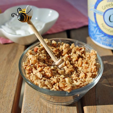 """Vanishing Granola - another recipe for """"just clusters"""" honey bunches of oats"""
