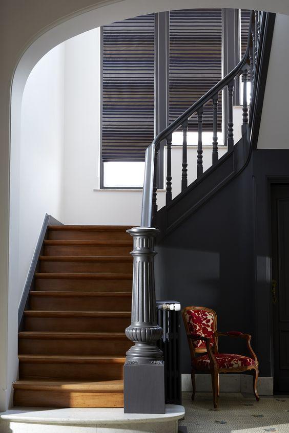 les 47 meilleures images du tableau escaliers peints sur pinterest escaliers escaliers peints. Black Bedroom Furniture Sets. Home Design Ideas